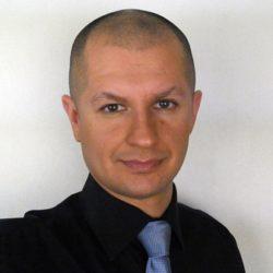 Денис Бердник | Тренер по сервису и продажам